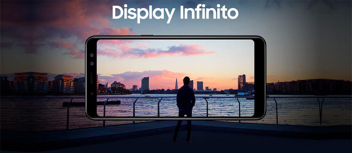 Display Infinito Galaxy A8