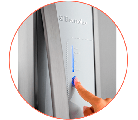 Refrigerador Electrolux DW42X - Painel Blue Touch
